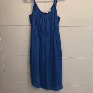 Comfy dress in gorgeous a blue!